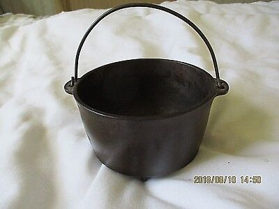 Small Wagner Cast Iron Kettle With Handle, 3 Pedestal Legs,  Light Rust, Sample?