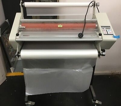 ROLL LAMINATOR DH650 650mm with 6 rolls of cello glaze