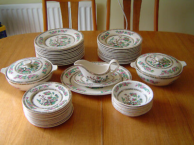 Lord Nelson Pottery & Royal Grafton Indian Tree Dinner Service - 46 pieces