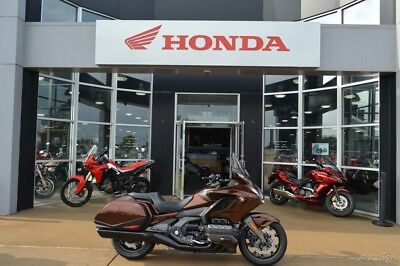 Honda Gold Wing® Automatic DCT Pearl Stallion Brown  2018 Honda Gold Wing Automatic DCT Pearl Stallion Brown 7 SPD DCT AUTOMATIC New