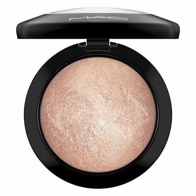 MAC SOFT AND GENTLE Highlighter Mineralise Skin Finish Blush NEW.