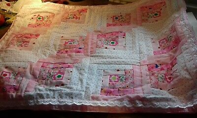 Patchwork quilted baby quilt