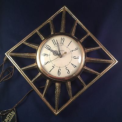 "Vintage Mid Century United Metal Sunburst Wall Clock Made Usa 60's 10.5""x 10.5""*"