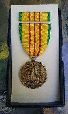Vietnam War Medal USA Republic