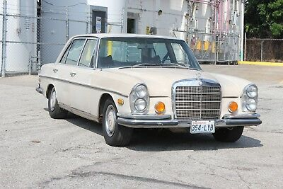 1971 Mercedes-Benz 300-Series 300SEL 3.5 W109 Matching Numbers Car 1971 Mercedes 300SEL 3.5 W109  DB181 A/T Sunroof A/C Owner's Manual Data Card