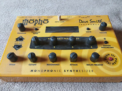 DSI Dave Smith Instruments Mopho