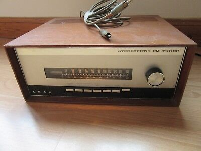 LEAK  Stereofetic FM Stereo Tuner Great Working Condition