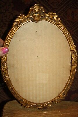 ANTIQUE VICTORIAN CARVED WOOD Guesso  GOLD GILT ORNATE OVAL PICTURE FRAME