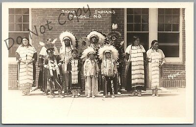 Mandan, North Dakota - Sioux Indian Men, Women, Children - Mohr Rppc Postcard