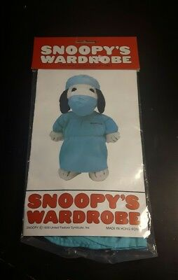 Snoopy's wardrobe doctors scrubs - New in package vintage dolls clothes