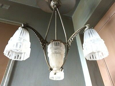 Sublime Lustre Suspension Art Deco Bronze Argente & Pate Verre 4 Lamp Chandelier