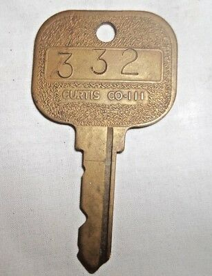 Vintage Curtis Co. 111 Hotel Key Room 332