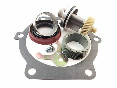 TH400 36 & 15 Tooth Speedometer Gears & Housing w Tail Housing set up