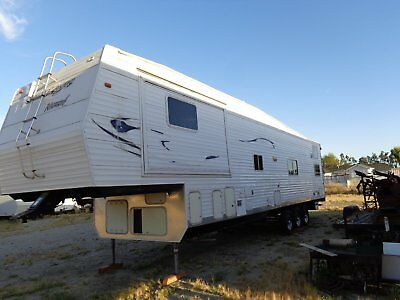5 th wheel toy trailers