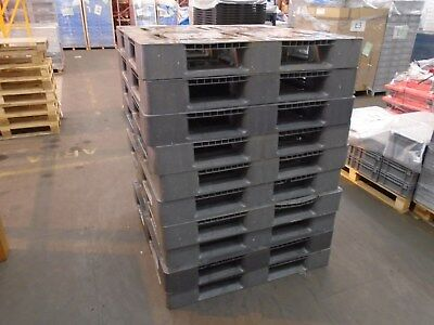 Heavy Duty Plastic Pallets - Stack Of 10