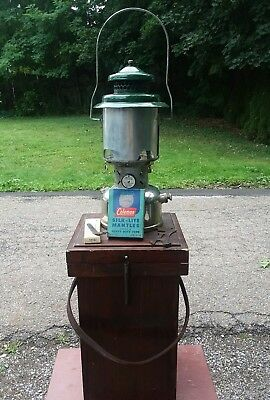 "Vintage Coleman 220D Lantern   ""Sunshine of the Night"" DOUBLE MANTLE custom box"