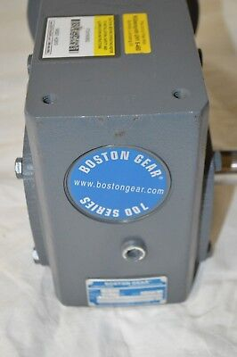 Boston Gear C-Face Speed Reducer Single Output 700 lb Overhung Load 15:1 Ratio