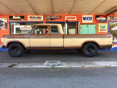 1976 Ford F350 super cab 5 seater