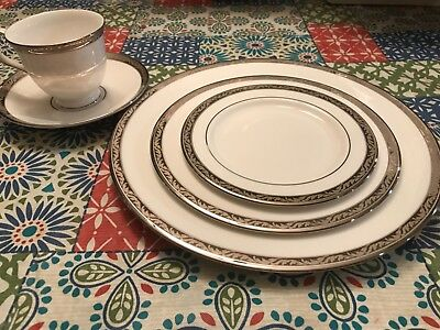 NEW - NEVER USED - Landmark Platinum 5 piece place setting