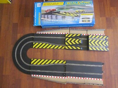 Scalextric slot car track VGC 1/32 C8511 pack 2, jumps, chicane + 2 curves