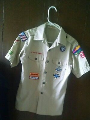 BSA BOY SCOUT SHIRT - YOUTH LARGE (Tan) SHORT SLEEVE WITH PATCHES
