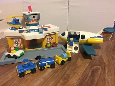 Vintage Fisher Price Little People Airport 1980's