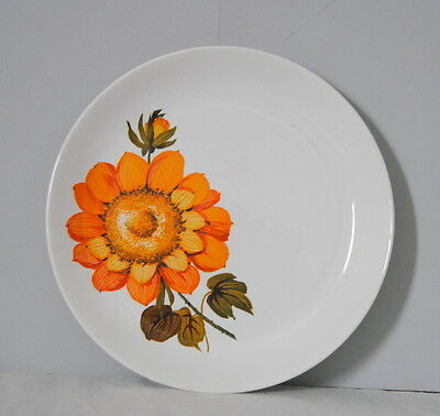 Royal Tudor Ware Barker Brothers Sunnyside Flower Dinner Plate Brillant Orange
