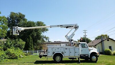 2001 46' Bucket Boom Truck Articulating & Telescopic AC Utility Service MH JIB