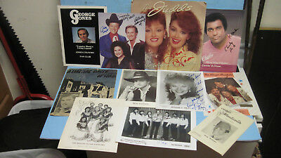 Lot Of 11 Vintage Classic Country Music Artist Autographs