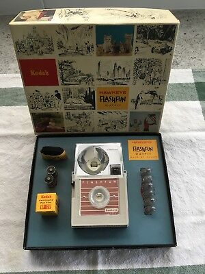 VTG 1965 Kodak HAWKEYE Camera Outfit - UNUSED!
