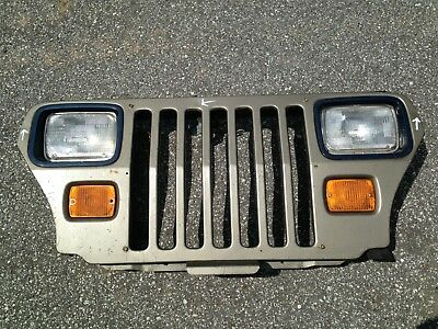 OEM factory Jeep Grill 87 88 89 90 91 92 93 94 95 Wrangler Grille YJ
