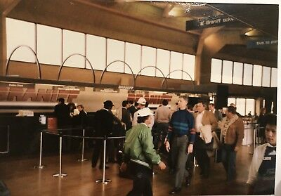 BRANIFF AIRLINES Photograph - Passengers In Terminal - Ticket Counter P715