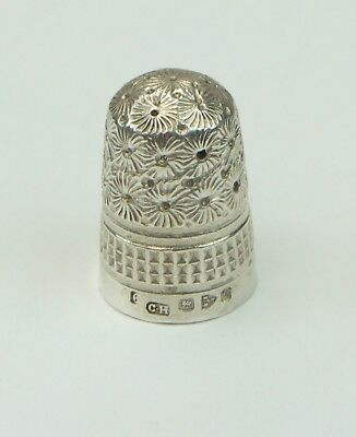 Charles Horner (Assayed Chester) Vintage Silver Ladies Decorative Thimble