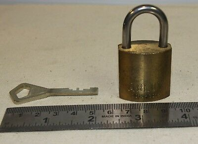 Abloy 3015 padlock with 1 working key - lock operates fine - made in Finland