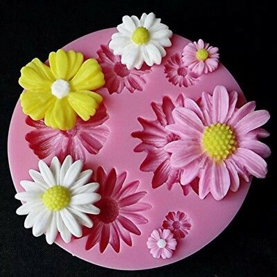 Small Flowers Reusable Silicone / Soap / Fondant Icing / Chocolate Mould