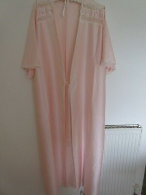 Vintage Peach Satin Full Length Dressing Gown Boudoir Gown 12/14