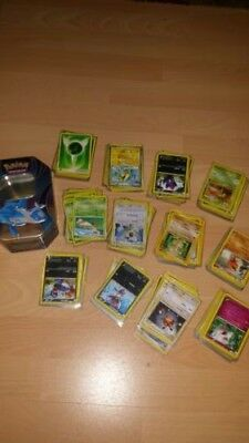 258 Pokemon Sammelkarten in der Box