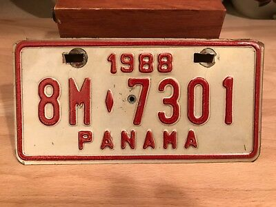 vintage  1988 PANAMA motorcycle license plate.