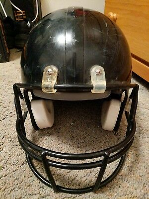 Riddell Youth Large Football Helmet Black with Black Face Mask MCS Little Pro