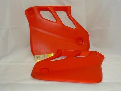 Maier for Honda Radiator scoops, pair, red fits CR500 1985