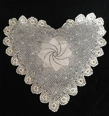 Lovely Vintage Handmade Detailed Cotton Crochet Ecru Round Heart Floral Doily