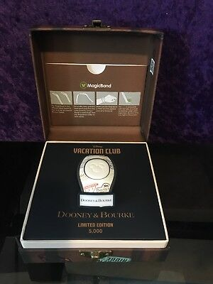 DVC Disney Vacation Club 2018 Dooney & Bourke Magic Band LE 5000 SOLD OUT!!