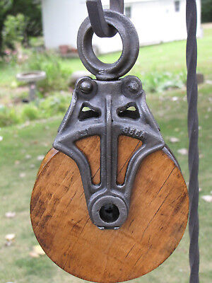 Antique Vtg.cast Iron & Wood Barn Pulley Old Farm Barn Tool Primitive