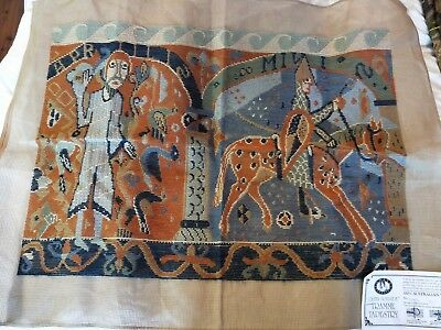 BRAND NEW QUEEN ADELAIDE Trammed TAPESTRY CANVAS & WOOL No. 5006