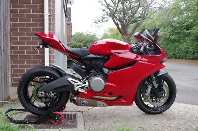 Ducati Panigale 899 - 2013 - Red