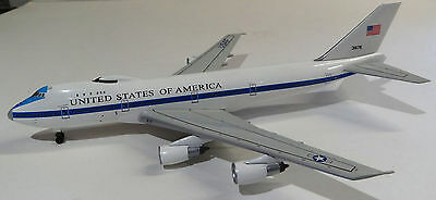 Dragon Wings 1/400 diecast model USAF Boeing E-4B (747-200) command post DW55489