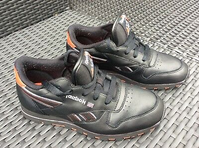 Ladies Black Red Reebok Classic Trainers Size 4 VGC
