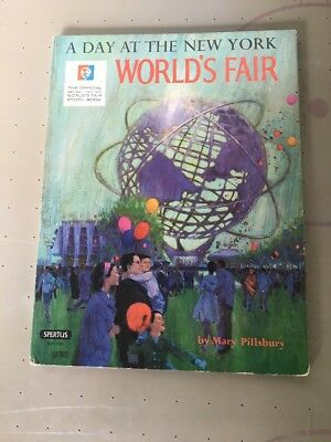 VTG A DAY AT THE NEW YORK WORLD'S FAIR Pillsbury Official 1964-1965 Story Book