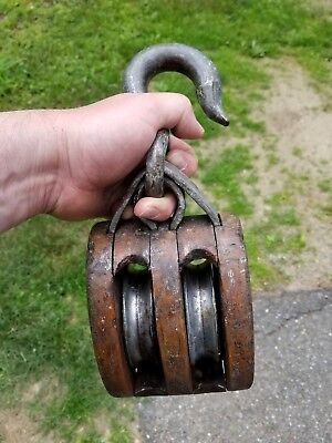Antique Vintage Large Cast Iron & Wood Double Wheel Nautical Maritime Pulley