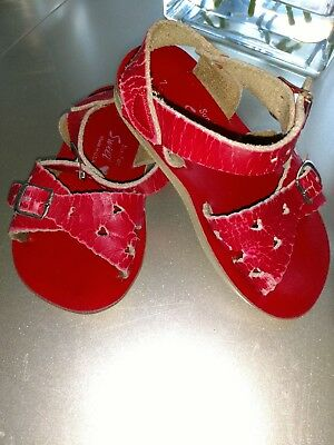 Girls Red Sun San Sweetheart Sandals*Size 7PLAY Condition**Read Description